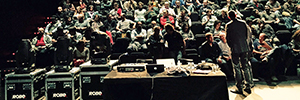 EES acude a las II Jornadas de Plástica Teatral con los focos DL de Robe