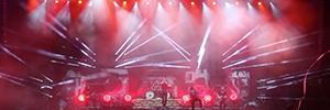 La iluminación de Elation dota de espectacularidad a las actuaciones de Heaven Shall Burn