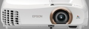 Epson takes IFA 2015 a trio of 3LCD 2D and 3D projectors