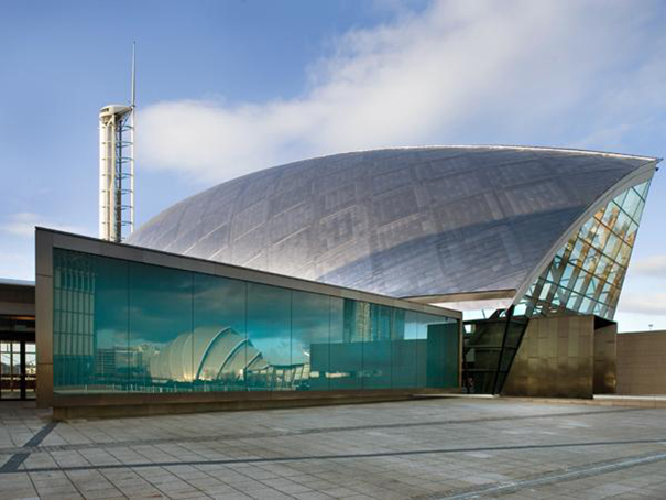 The Glasgow Science Center installed the first full dome ...