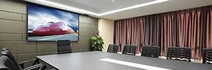 Panasonic LFE8: pantallas Led de interior para aplicaciones de cartelería digital