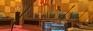 The hall of the City of Zaragoza is equipped with a system Shure DIS