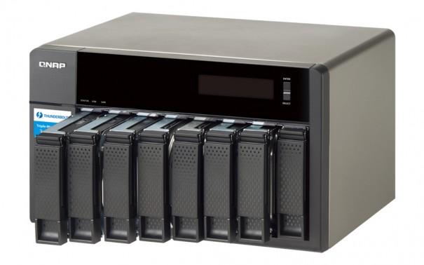 QNAP TVS-871T
