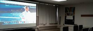 Avcast integra proyectores 3LCD de Epson en las aulas de la Facultad de Comercio y Turismo y del CEU
