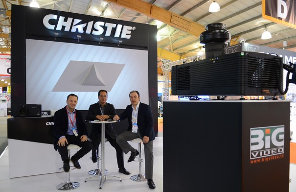 Christie Incomm Colombia 2015: Jaime Lopez, CEO LPX Digital, Jorge Garcia, gerente Ventas de Christie America Latina, Joaquín Gutiérrez, gerente de Big Video