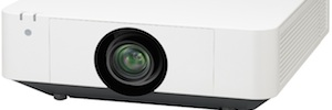 Sony expands its range of imaging laser 3LCD with the model VPL-FHZ57