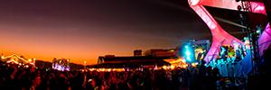 Elation iluminó la espectacular estructura creada en el Santa Monica Pier para The Twilight Concert