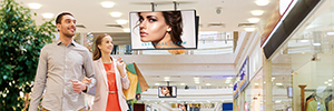 Panasonic presented a line of displays for digital signage with SOC technology in ISE 2016