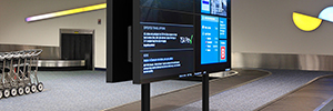 Peerless-AV optimizes space for videowalls double face mounting