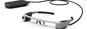 Epson da a conocer en el MWC 2016 su 3º generación de gafas inteligentes, Moverio BT-300