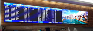 Honolulu Airport reports the flights for two large format LED displays