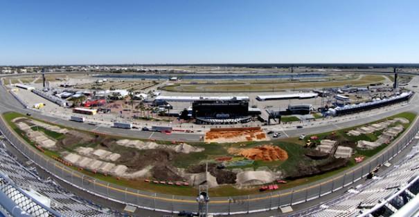 Daytona Speedway Stadium Tripleplay