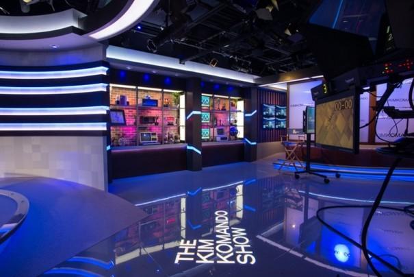 Elation Kim Komando show visualsvisuals