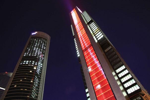 Torre de iluminação da Philips Cepsa