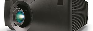Christie DHD1075-GS y DWU1075-GS: robustos proyectores de fósforo láser para uso continuado e intensivo
