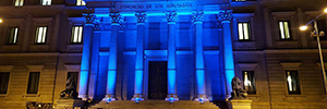 The Congress of Deputies is dressed in color with new decorative lighting