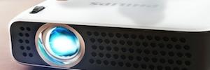 Xgem desarrolla dos nuevos mini proyectores PicoPix para presentaciones profesionales