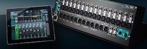 Allen & Heath Qu-SB: mezclador portátil de dieciocho entradas con control remoto WiFi