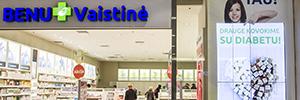 La red de farmacias Benu utiliza la señalización digital para reforzar su imagen de marca