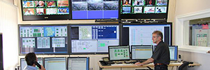 The room highest control of Germany manages radio and television signals with eyevis