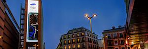 Christie Spyder controla la pantalla de publicidad outdoor más grande de España