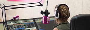 Play Radio Valencia equip your studio with audio solutions Work Pro