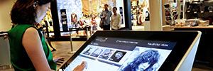 El centro de negocios y ocio más importante de Asia utiliza la tecnología PTZ para informar y orientar a los visitantes