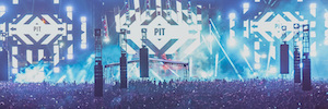 Hard Summer Festival 2016 relied his lighting design on Stage-Tech and Elation