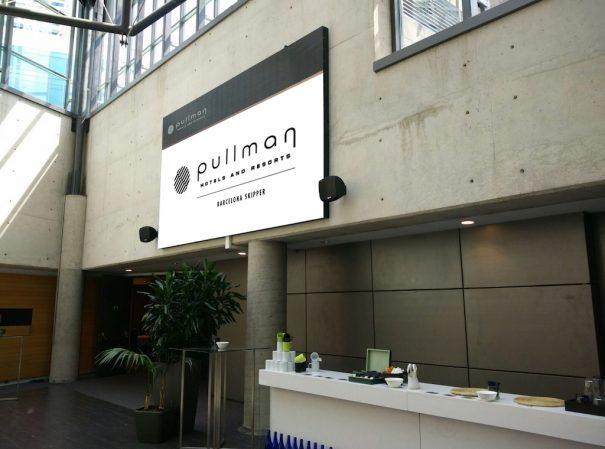led-go-hotel-pullman-blau-solutions