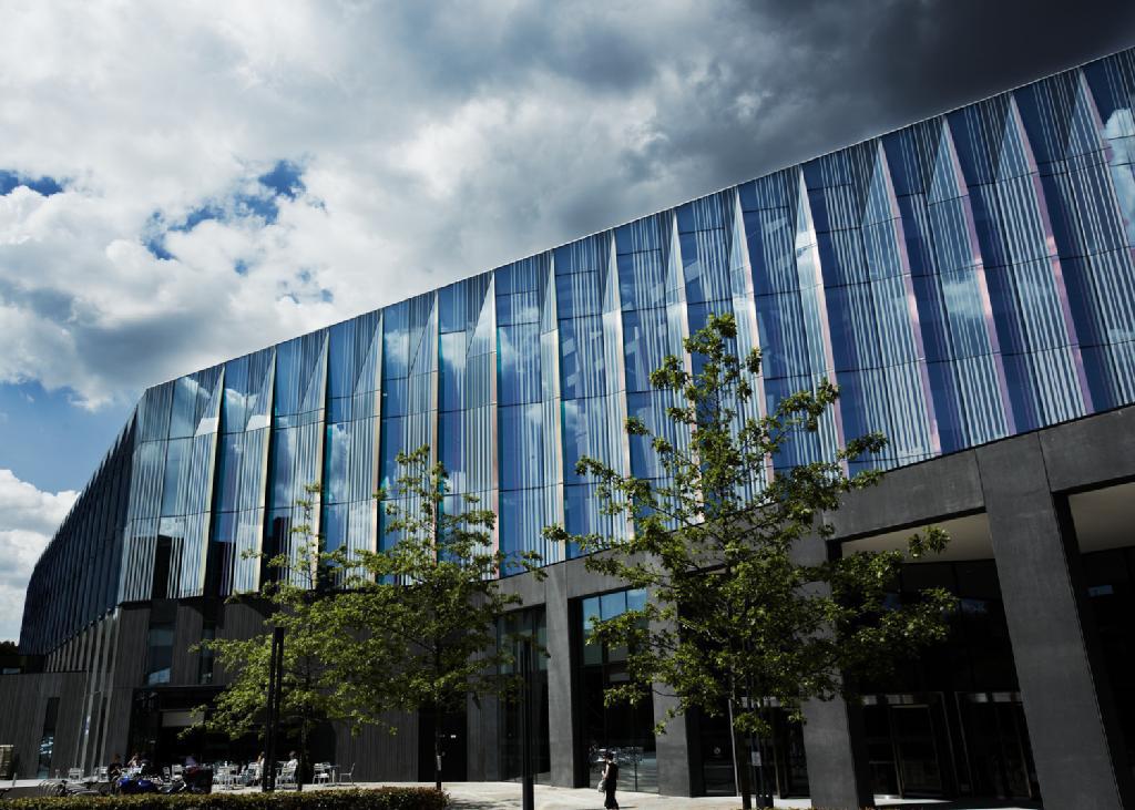 manchester university dissertation binding