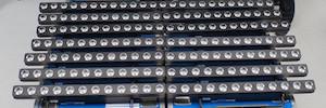 Kuchem Konferenz Technik invierte en iluminación polivalente de Elation para sus proyectos