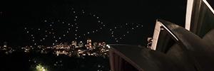 Con el dron Shooting Star, Intel crea coreografías de luces en el cielo nocturno