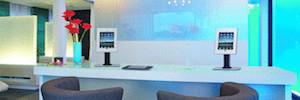 Vogel's TabLock asegura y protege los dispositivos instalados en espacios públicos
