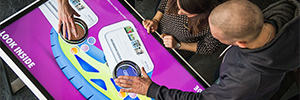 Scape Pro 55 UHD: mesa multitáctil con reconocimiento de objetos para digital signage interactivo
