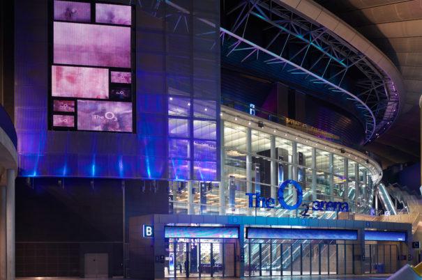 Maler Digital Signage O2 Arena Londres