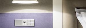 Jung Ibérica crea un showroom de soluciones domóticas para hoteles