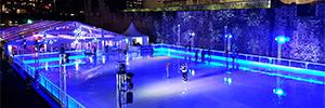 La pista de patinaje de la Torre de Londres ofrece una espectacular iluminación arquitectónica