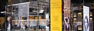 Monica Rich Kosann lleva la venta online a su tienda de Columbus Circle con pantallas de Elo