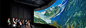 Panasonic helps discover the landscape and culture of the Swiss Alps in the WNF