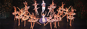 El ballet 'Alicia en el país de la maravillas' ofreció una puesta en escena moderna y dinámica con Elation