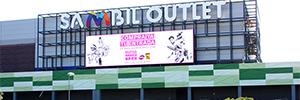 Exterion Media comercializa la pantalla de 116 metros cuadrados del centro comercial Sambil Outlet