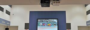 Una casa de apuestas japonesa instala una pantalla de dnp y la convierte en un punto de venta