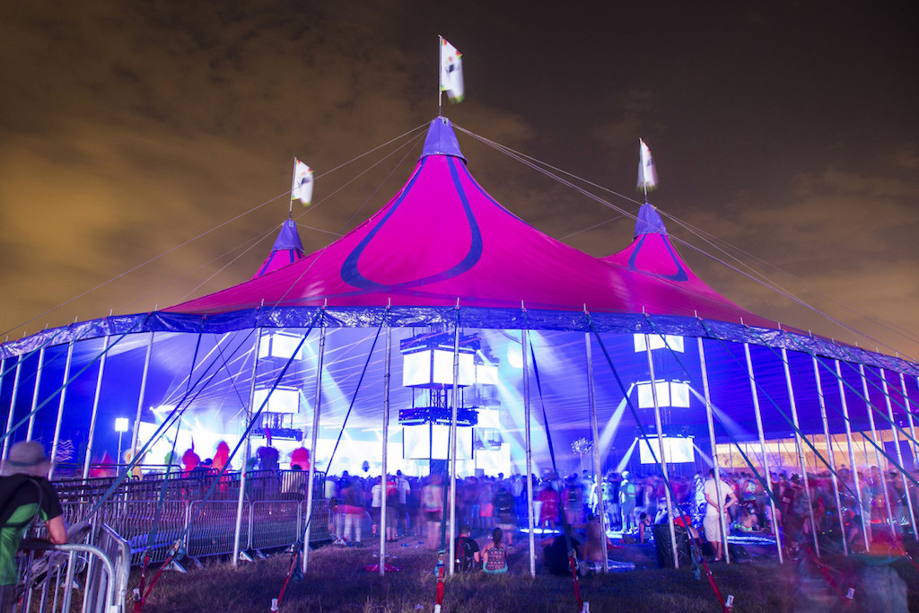 Insomniac music festivals designed their stage lighting with Elation