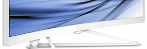 """Philips amplía su gama de monitores curvos con un equipo de 34"""" UltraWide QHD"""