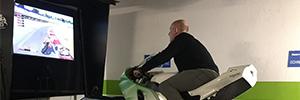 Schneider y XBS desarrollan un simulador que reproduce la emoción de conducir una Moto GP