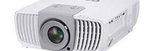 Casio se introduce en el mercado de proyectores comerciales de alta resolución y brillo con el XJ-L8300HN