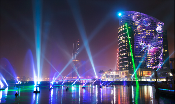 El dubai festival city consigue su segundo guinness con la for Espectaculo de dubai fashland