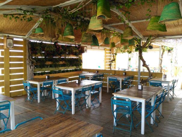 Genelec en Bahia Limon Chiringochill