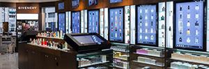 Cortassa lleva a sus tiendas físicas lo mejor del medio online con la tecnología de digital signage