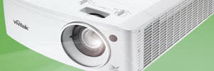 Charmex presents the new laser projectors Vivitek D4000 series for meeting rooms